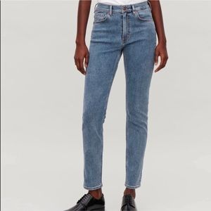 COS High Rise Skinny Fit Crop Leg Jeans